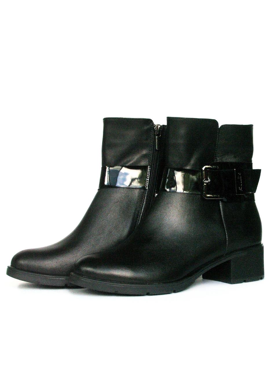 Черные кожаные ботинки на устойчивом каблуке