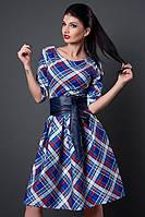 Оригинальное коктейльное платье в актуальную клетку с кожаным поясом на талии