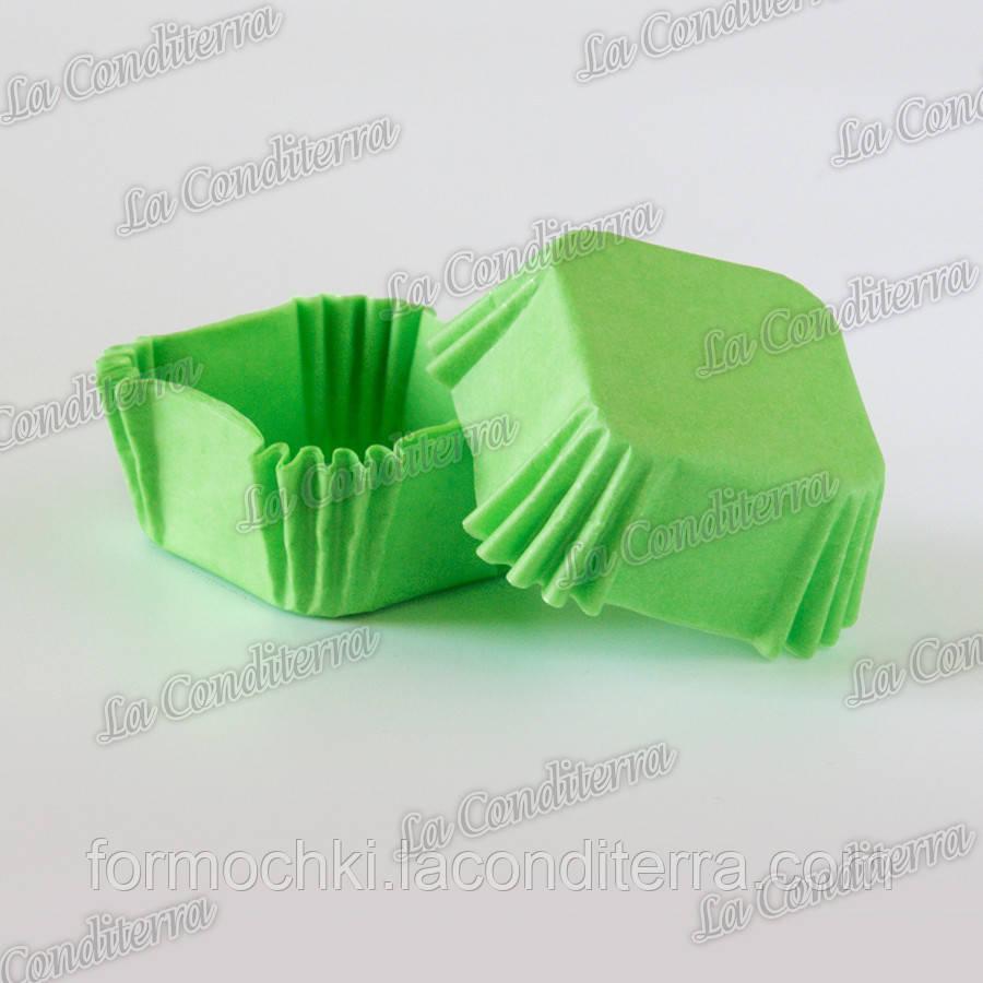 Формочки для конфет, квадратные, зеленые (40x40x22 мм), упаковка - 1500 шт.