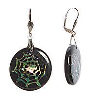 Серьги женские, подвески в виде черного круглого медальона с имитацией паутины из перламутра, оптом