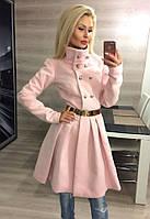 Элегантное женское кашемировое пальто с расклешенным низ и красивым поясом, розовое