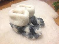 Чуни из овечьей шерсти на  литой резиновой подошве