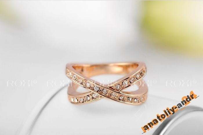 Кольцо с кристаллами 18Кпокрытие золотом