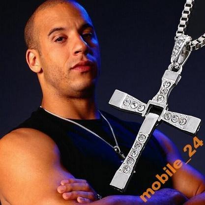 Крест Вина Дизеля из к-ф Форсаж (с цепочкой)