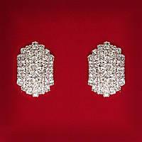 [20 мм] Серьги женские белые стразы светлый металл свадебные вечерние гвоздики (пуссеты) классические средние