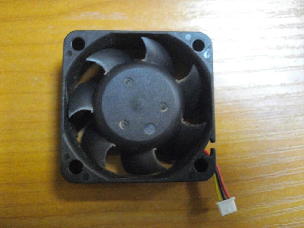 Вентилятор Кулер Asus C90 C90S AFB0412VHB