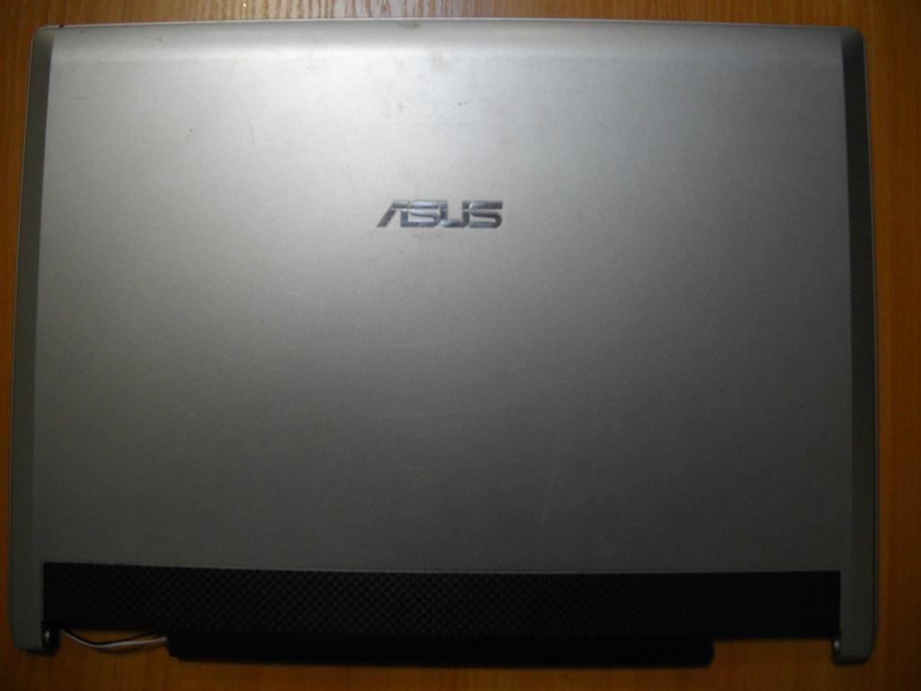 Крышка матрицы Корпус Верх Asus F3