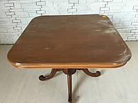 Итальянскии обеденный стол (раздвижной). До реставрации.