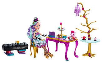 Набор для чайной вечеринки и кукла Ever After High Мэделин Хэттер  Чайная вечеринка Школа Долго