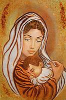 Панно из янтаря Мадонна с младенцем