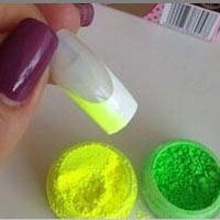 Яркие неоновые (флуорисцентные) порошки