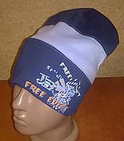 Стильная трикотажная шапка для мальчиков