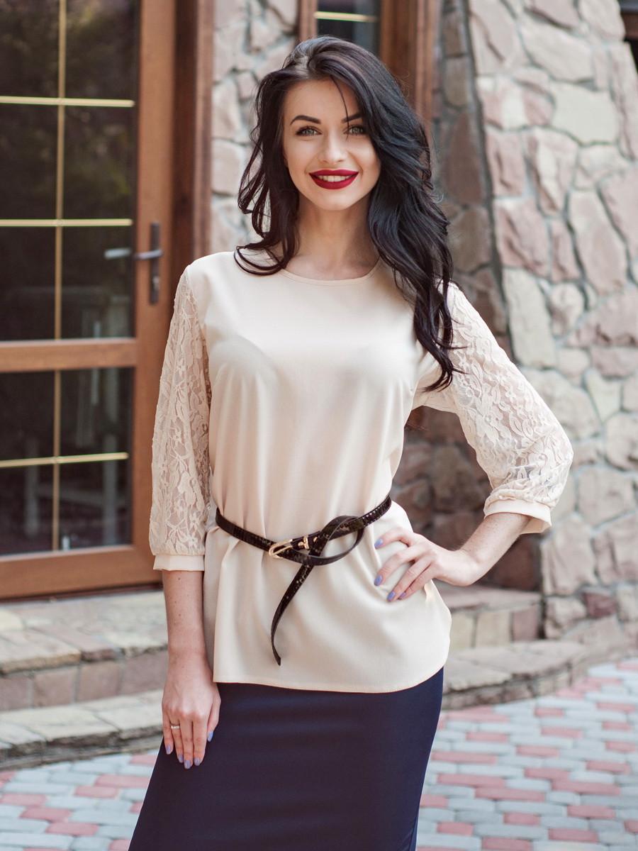 Офисная женская блуза с гипюром