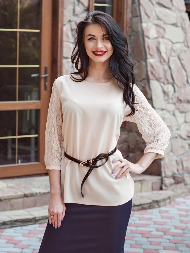 Нарядная женская блуза для офиса
