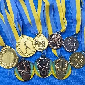 """""""Золото"""", два """"срібла"""" та три """"бронзи"""" привезли прикарпатські борці з міжнародного турніру"""