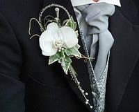 Бутоньерка для жениха с орхидеей