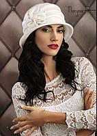 Красивая женская шляпка с цветком MARYNA бежевая, фиолетовая