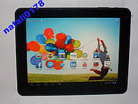 Большой планшет  9,7'-дюймов, IPS-матрица,16Gb,8000mAh, WiFi, OTG