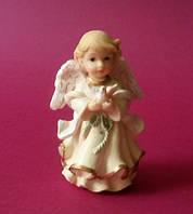 Фигурка ангела средняя  с голубем 0467(код 02286)