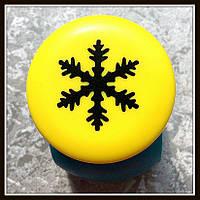 Дырокол фигурный Снежинка кнопка 2,5 см
