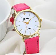 Стильные женские наручные часы розовые