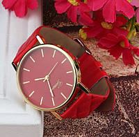 Яркие женские часы Geneva красные