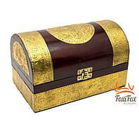 Деревянный старинный сундук для хранения