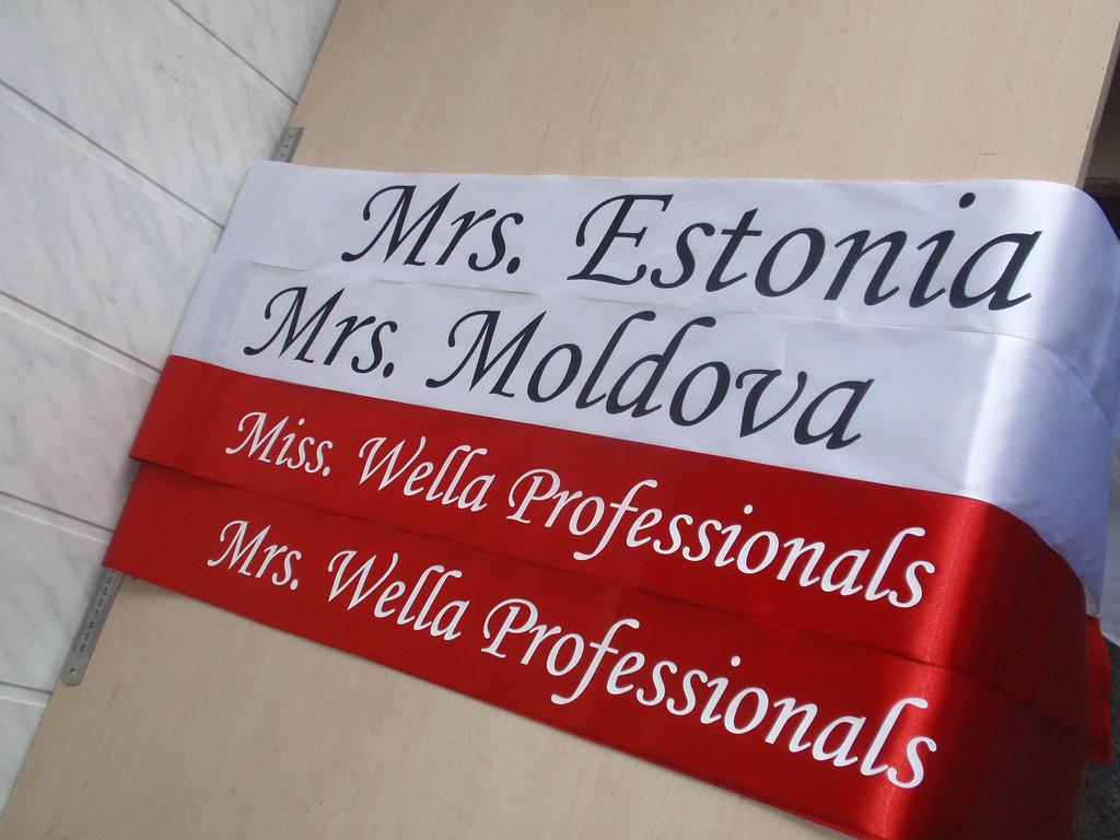 Ленты на конкурс Миссис Европа 2013 -1