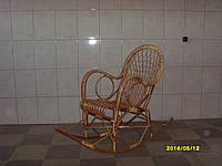 """Плетеное кресло-качалка из лозы """"Подростковое"""" / Плетене крісло-качалка із лози """"Підліткове"""""""