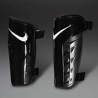 Футбольные щитки Nike Park Guard