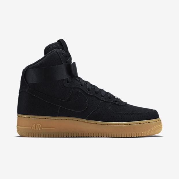 d6a86424b Кроссовки Nike Air Force зимние с мехом высокие черные замшевые на  коричневой подошве