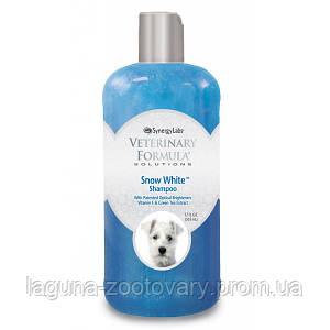 Veterinary Formula Snow White Shampoo ВЕТЕРИНАРНАЯ ФОРМУЛА БЕЛОСНЕЖНО БЕЛЫЙ шампунь для собак и кошек со светлой шерстью, с витамином Е и экстрактом