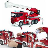Машинка іграшкова - Scania пожежний трак (водяна помпа, світло,звук,батарейка)