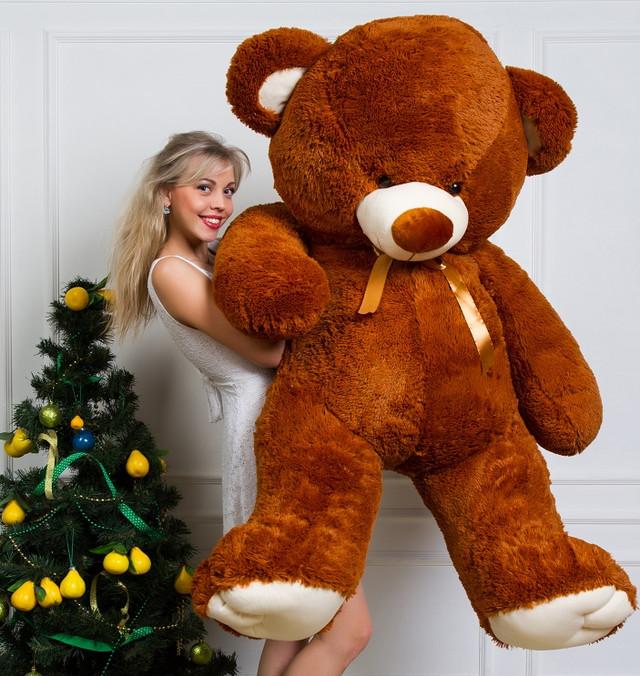 Огромный плюшевый медведь коричневый кпить