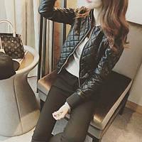 Стеганная короткая женская куртка косуха