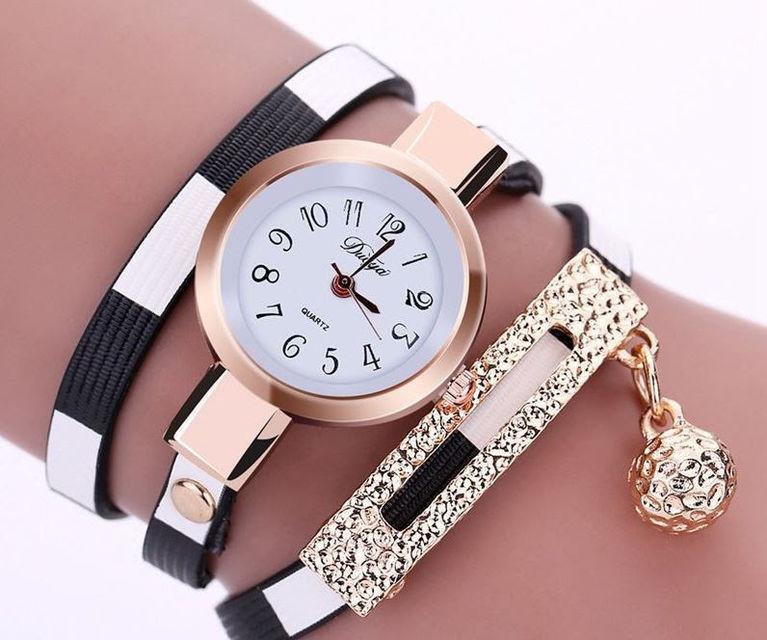 Часы-браслет  черные