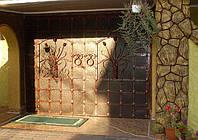 Гаражные ворота кованые утепленные.