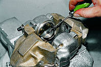 Замена тормозного цилиндра на всех марках авто в Киеве