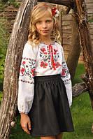 Вышитая блуза для девочки с маками