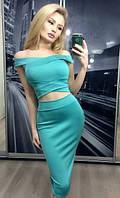 Яркий женский костюм с топом