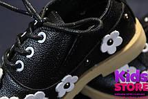 Туфли для девочки кожаные черные с цветочками, фото 3
