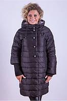 Удлиненная женская стеганная куртка с рукавами 3/4 с вязкой