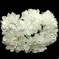 """Цветок """"Хризантема органза"""" (цена за букет из 6 шт). Цвет - молочный"""