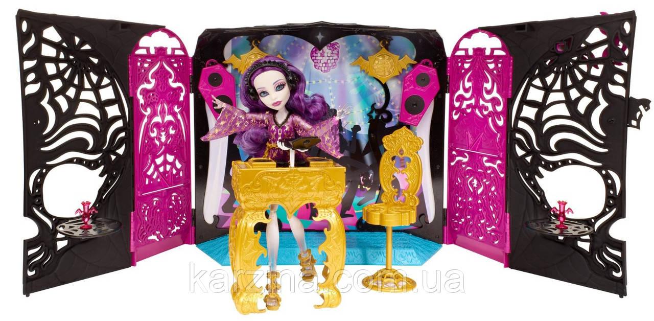Лунж площадка 13 желаний и кукла Monster high Спектра Mattel Y7720