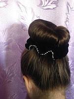 Прическа с использованием бублика для волос