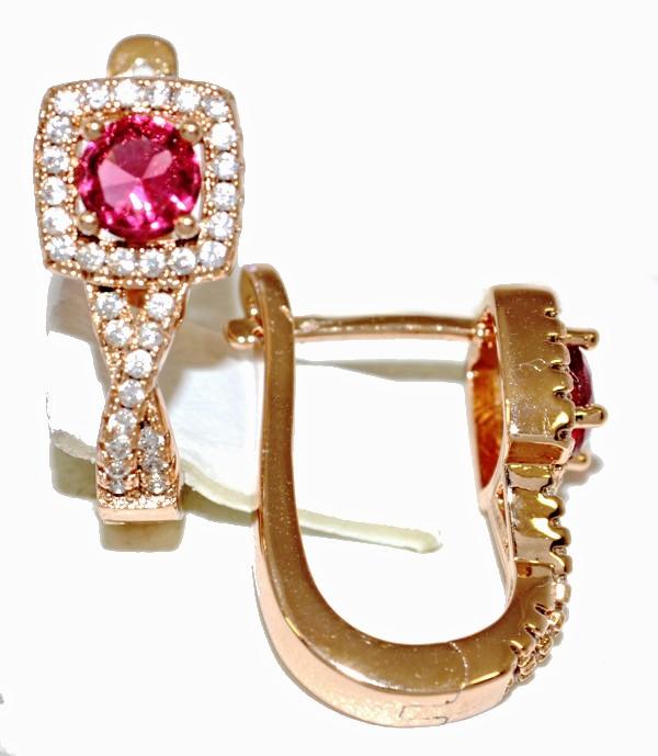 Серьги ХР позолота с красным оттенком. Камень:розовый циркон и белые фианиты,высота серьги 2см. ширина 8 мм.