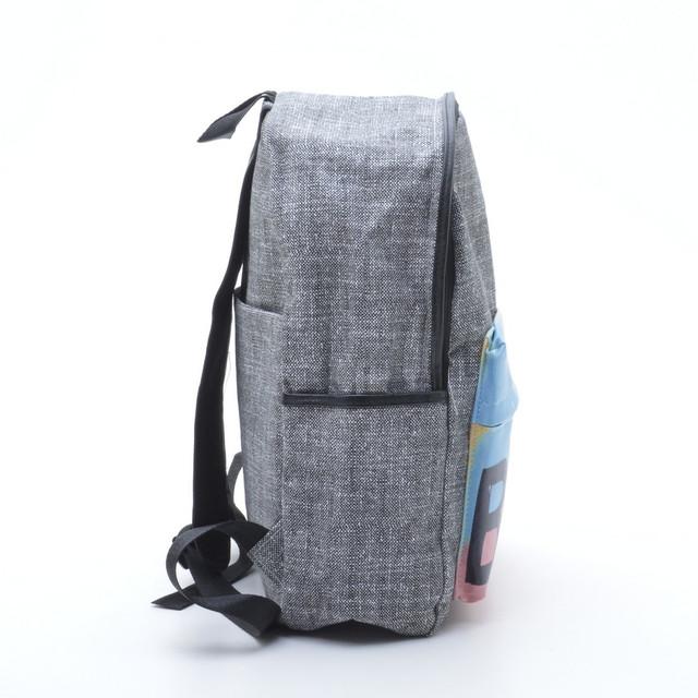 рюкзак с принтом на кармане