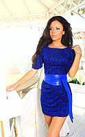 Женское платье короткое с поясом из эко кожи жаккард электрик 130/01  АП
