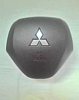 Крышка накладка заглушка подушки безопасности Mitsubishi Outlander XL