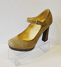 Бежевые женские туфли A.J.F. 513 37 размер